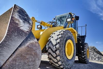 Heavy equipment machine (© 1aimages / Fotolia.com)