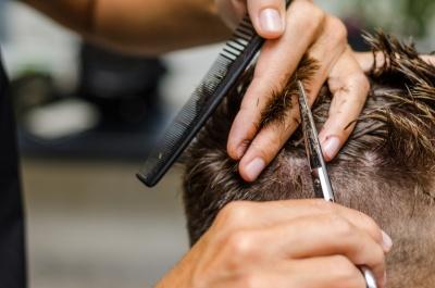 Barber (© ivan_dr / Fotolia.com)