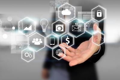 Social media social network concept (© fgnopporn / Fotolia.com)