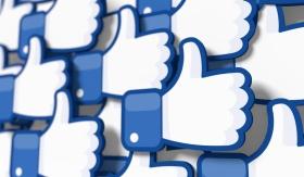 Facebook Advertising (© nanomanpro / Fotolia.com)