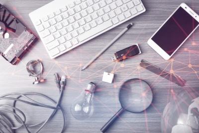 Fresh Web Explorer (©  issaronow / Fotolia.com)