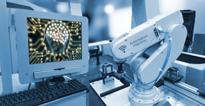 Industry 4.0 automation robot (© zapp2photo / Fotolia.com)