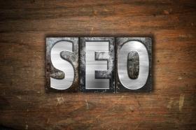 SEO / Search Engine Optimization (© enterlinedesign / Fotolia.com)