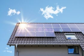 Solar photovoltaic (© Alessandro2802 / Fotolia.com)